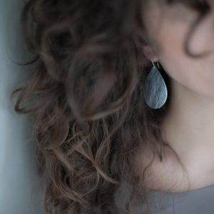 between lovers- earrings - leather
